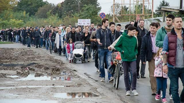 """""""Avem drumuri că la țară, dar noi stăm în Capitală!"""""""